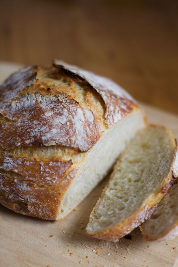 No knead bread, dense and crusty bread