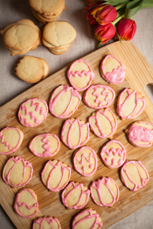 Dairy-free Sugar Cookies uses coconut oil instead of butter bringing a fruity and bright flavour to this classic cookie.