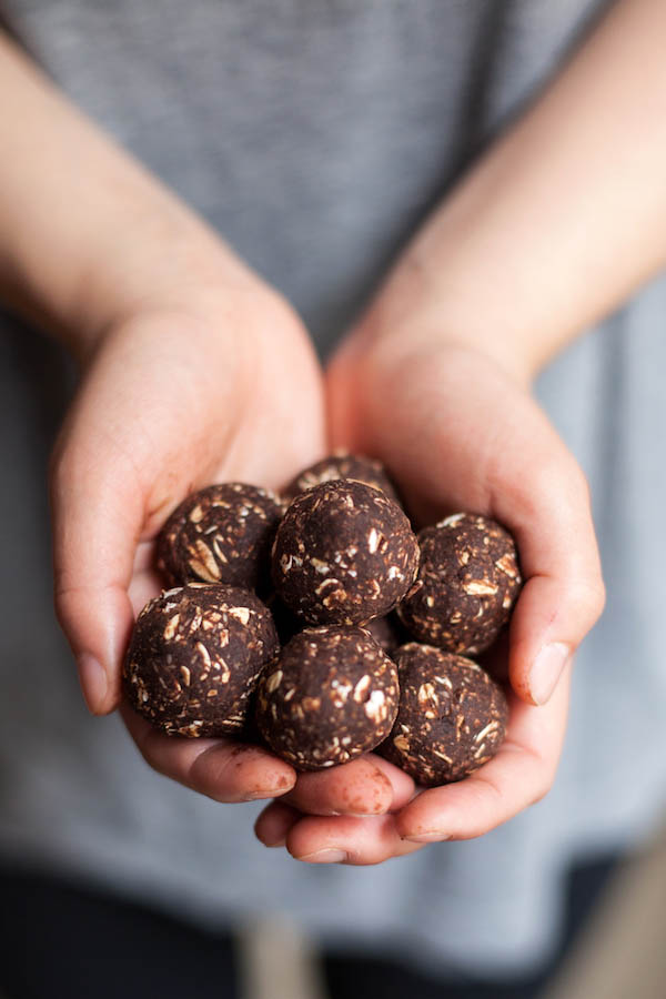 Chocolate black bean protein balls are free from peanuts, tree nuts, and seeds. Made with black beans, cocoa, coconut oil, coconut flakes and chocolate pieces.