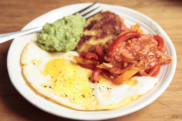 Whole30 Meal Plan Day 23: fired egg and guacamole