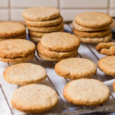 Coriander Ginger Cookies